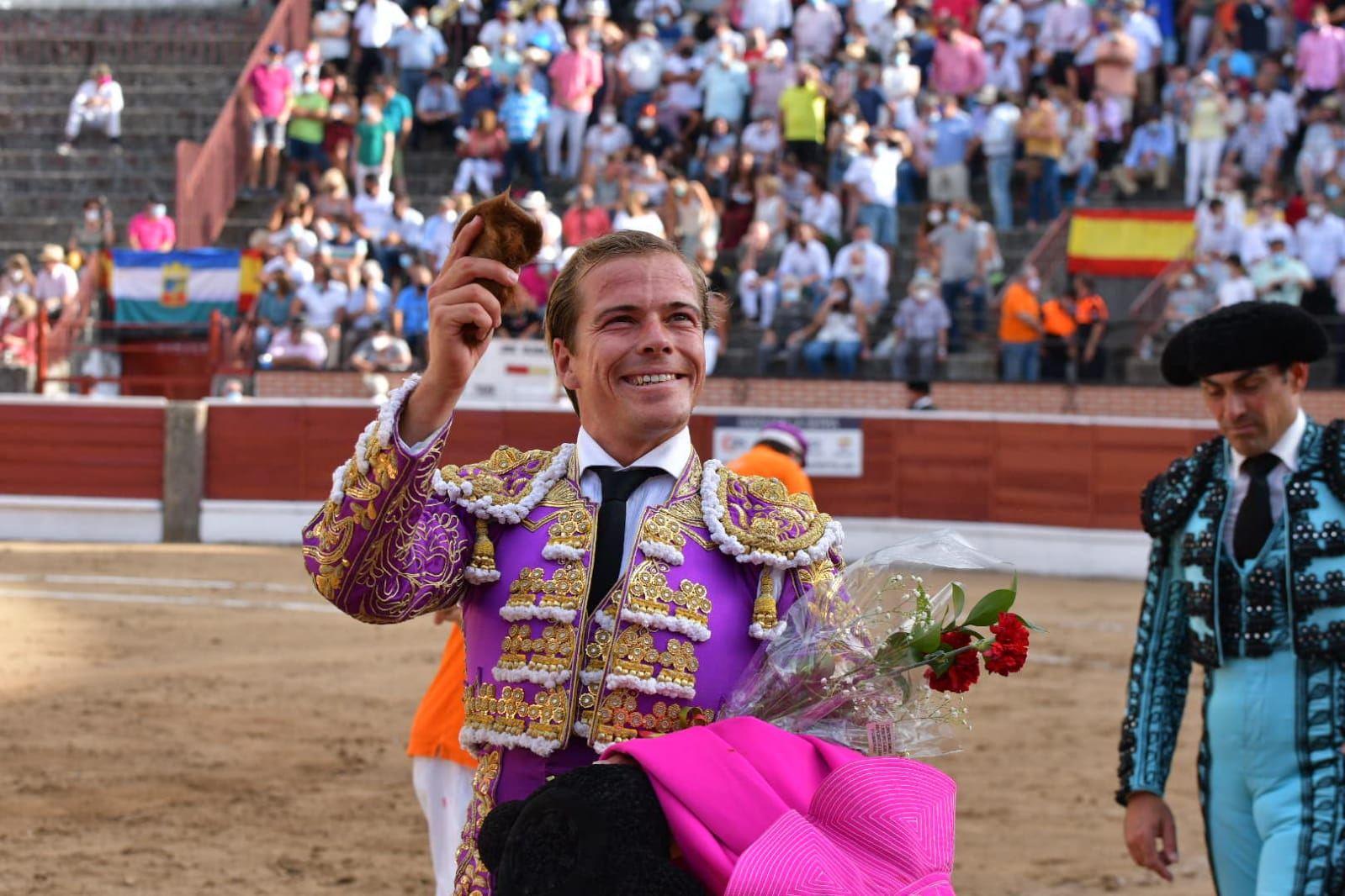 7-El-Espinar-Javier-Cortes-oreja