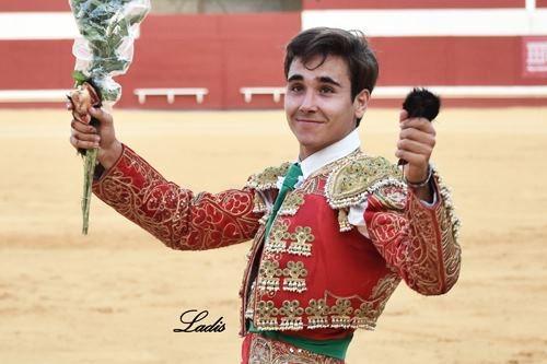 Yeray-Gonzalez.-f.-Ladis-98