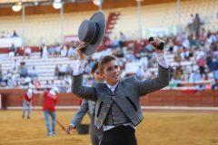 09-Armando-Bustos